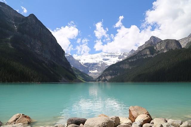 lake-3593379_640.jpg