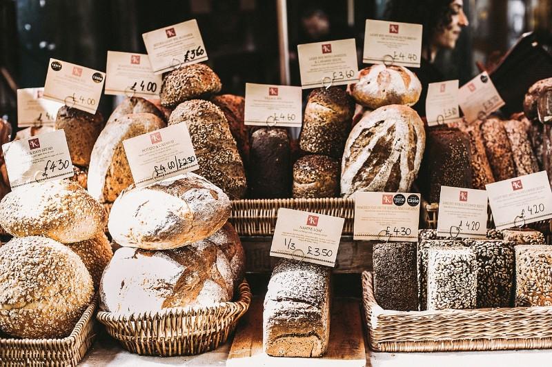 bakery-baskets-bread-1070946.jpg