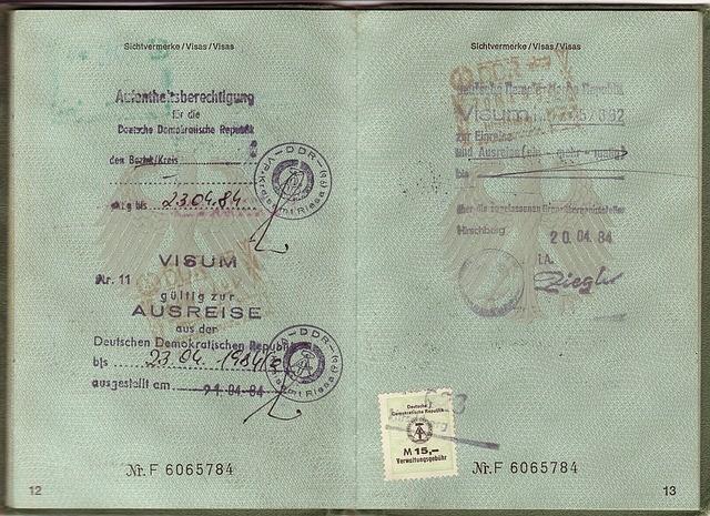 passport-1402632_640.jpg