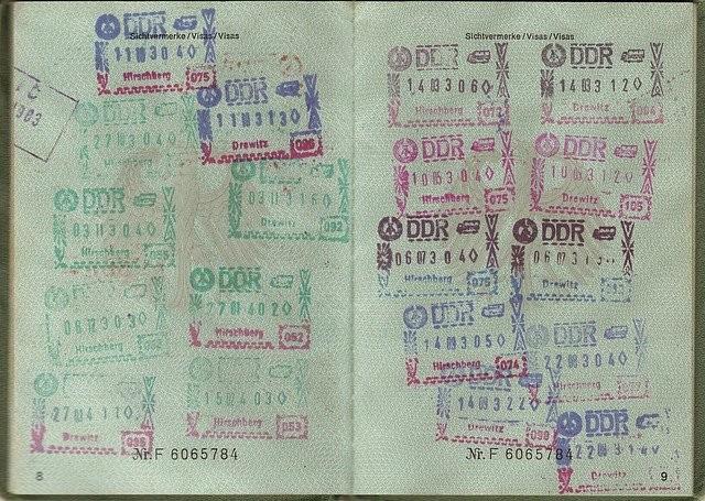 passport-1402644_640.jpg