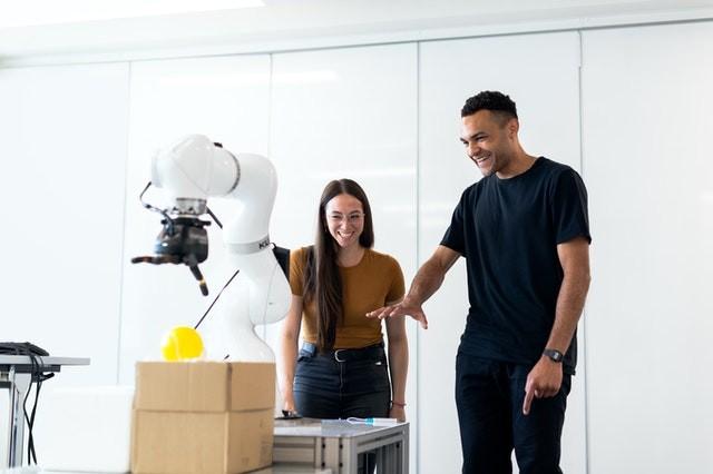 engineers-developing-robotic-arm-3913031.jpg