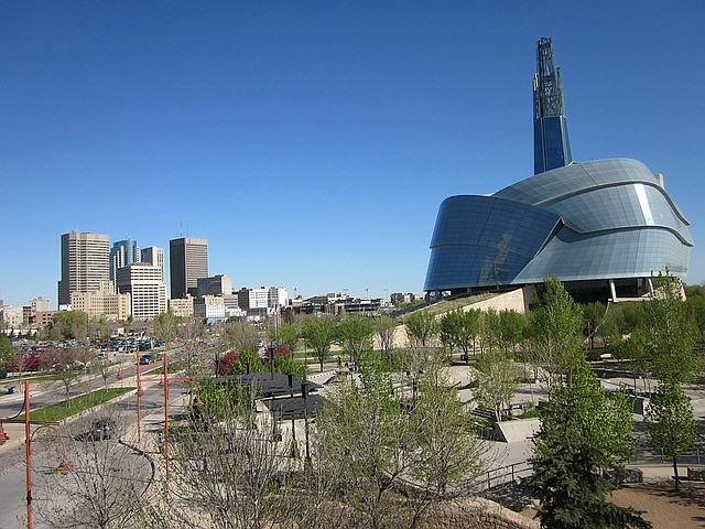canadian-museum-for-human-rights-1332545_640 (1).jpg