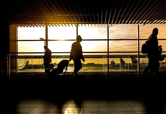 airport-1822133_640.jpg