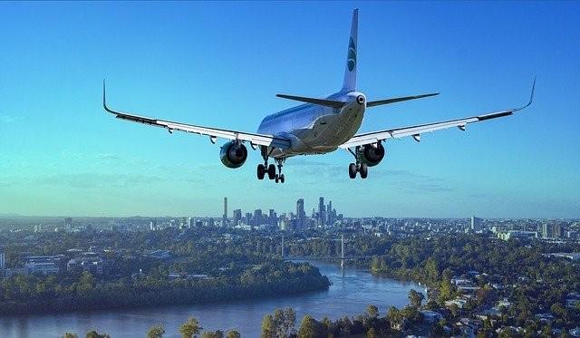 aircraft-3702676_640 (1).jpg