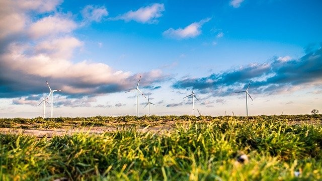 windmills-1209335_640.jpg