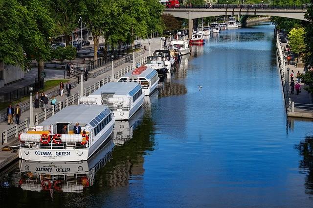 rideau-canal-6391769_640.jpg